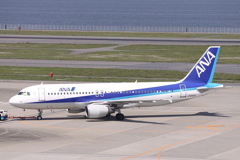 ANA_320-200