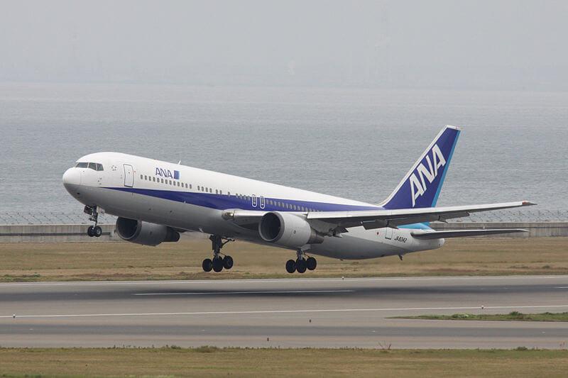ANA_767-300