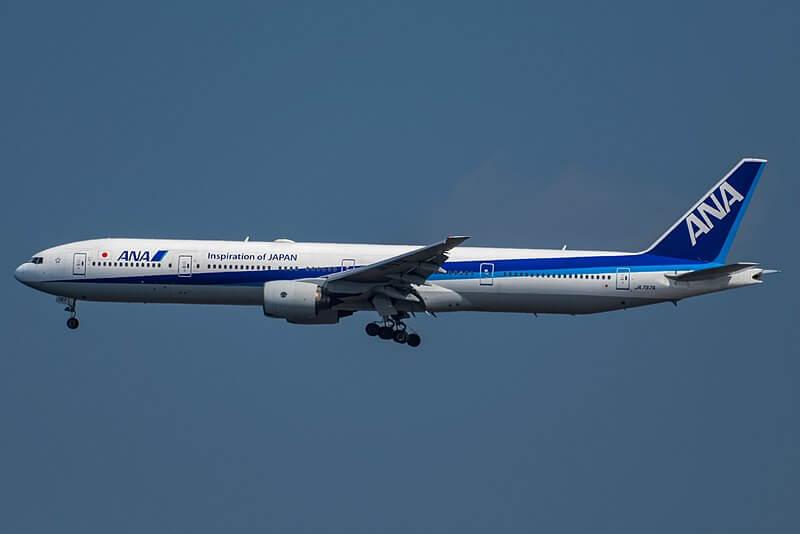 ANA_777-300